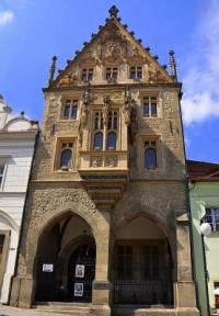 Gotická stavba na obrázku č.14 je: (náhled)