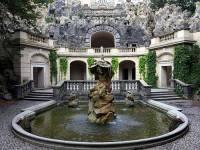 Jaká oblíbená venkovní barokní stavba je na obrázku č.3? (náhled)