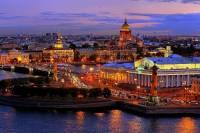 V období klasicismu se stavěly nejen monumentální stavby, ale byla zakládána i celá města. Jedno z nich je na fotografii č.6. Jak se město jmenuje?  (náhled)