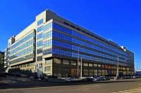 Jaká funkcionalistická budova v Praze je na obrázku č.13? (náhled)
