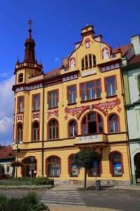 Jaká historická budova je na obrázku č.11? (náhled)