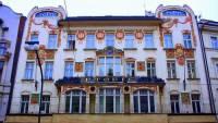 V jakém stavebním slohu byl postaven Topičův dům na fotografii č.10, sídlo bývalého Topičova nakladatelství v Praze? (náhled)