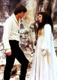 """Je na obrázku č.10 princ Jindřich ze Země lva s princeznou ze skal z filmové pohádky """"Třetí princ""""? (náhled)"""