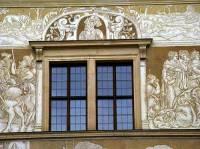 V jakém slohu byla vytvořena okna na obrázku č.3? (náhled)
