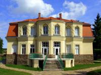 Bauerova vila na obrázku č.25 byla postavena ve stavebním slohu: (náhled)