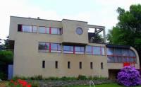 Schmelowského vila na obrázku č.27 byla postavena ve stavebním slohu: (náhled)