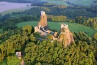 Který hrad je na fotografii? (náhled)