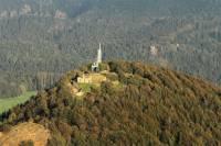 Jak se nazývá nejvyšší hora Lužických hor (793 m n. m.)? (náhled)
