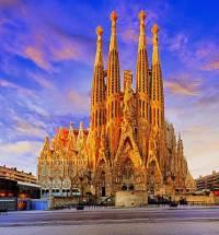 Jak se jmenuje jedna z nejznámějších staveb světa na fotografii č.3? (náhled)