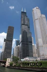 Jak se nazývá chicagský mrakodrap, který byl svého času nejvyšší na světě? (náhled)