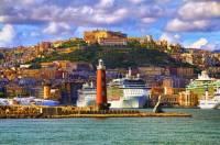 Na fotografii č.11 je přístavní město: (náhled)