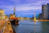 Z jakého přístavního města je obrázek č.13? (náhled)