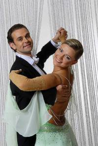 Jaký taneční pár je na fotografii č.12? (náhled)