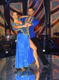 Na fotografii č.18 je taneční pár: (náhled)