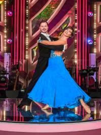 Na obrázku č.4 je taneční pár: (náhled)