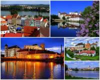 Jak se jmenuje historické město s rozsáhlým renesančním zámkem na řece Nežárce, které je městskou památkovou rezervací a jehož značnou část tvoří rybník na fotografii č.8? (náhled)