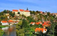 Které město ležící na řece Lužnici je na fotografii č.10? (náhled)