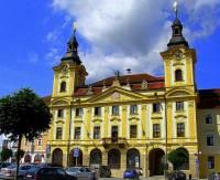 Město, ve kterém je radnice na obrázku č.14 se jmenuje: (náhled)