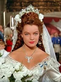 Na fotografii č.18 je nevěsta z filmu: (náhled)