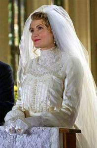 Na fotografii č.22 je nevěsta ze seriálu: (náhled)