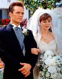 Nevěsta na fotografii č.3 je z filmu/seriálu: (náhled)