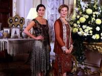 """Jsou na fotografii č.22 sestry Beatrice a Evangeline Eliottovy, majitelky londýnského oděvního salónu Eliott ze seriálu """"Salón Eliott""""? (náhled)"""