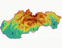 Přestože povrch Slovenska je převážně hornatý, v západní části země, podél jižních hranic SR a na východě Slovenska se rozkládají rozsáhlé nížiny. Jak se jmenuje nížina, která je na obrázku označena č.4? (náhled)