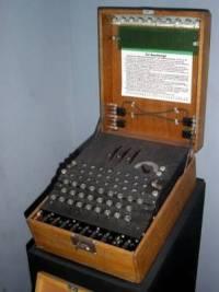 Německý šifrovací přístroj byl: (náhled)